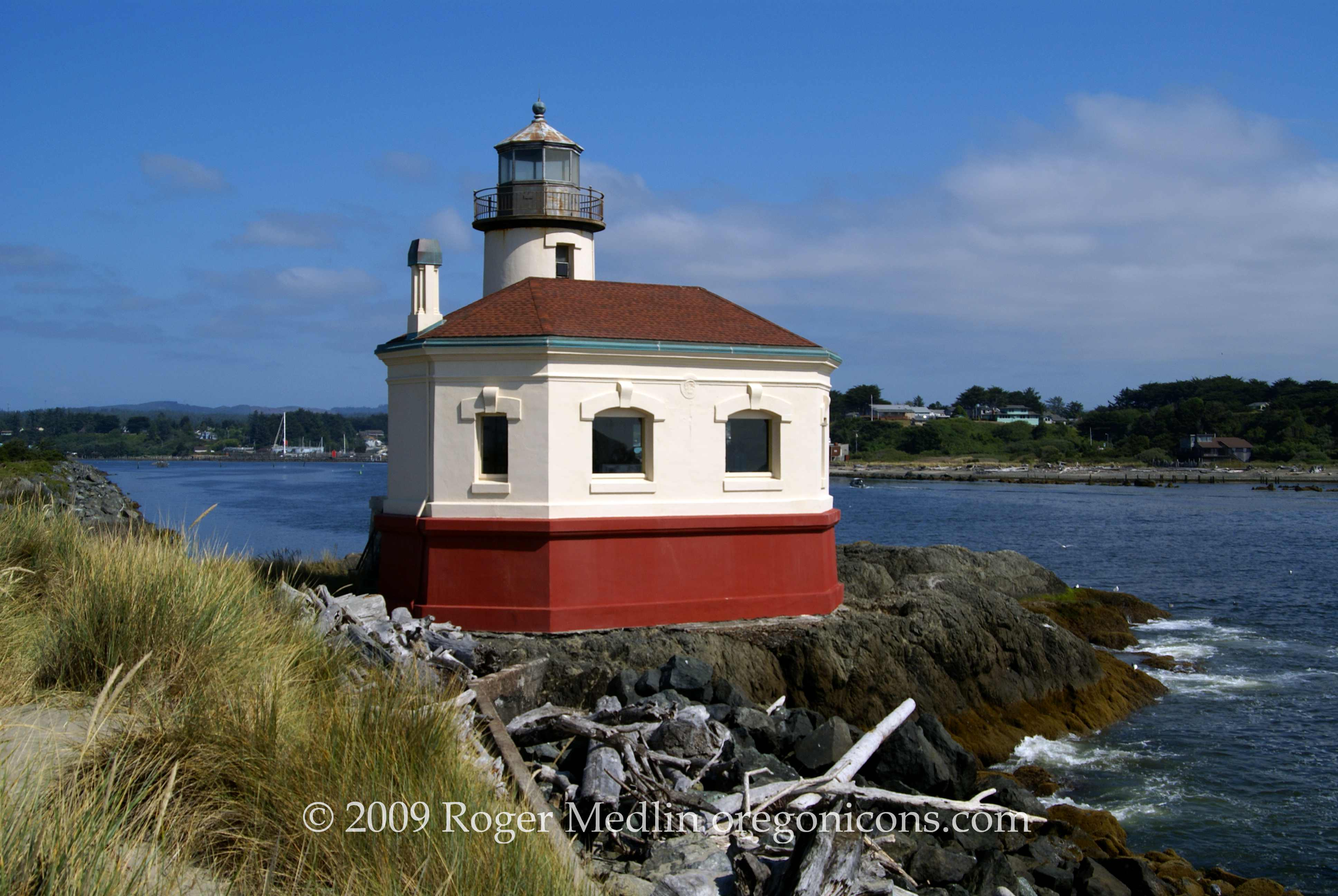 Roger Medlin 2009 Coquille Lighthouse