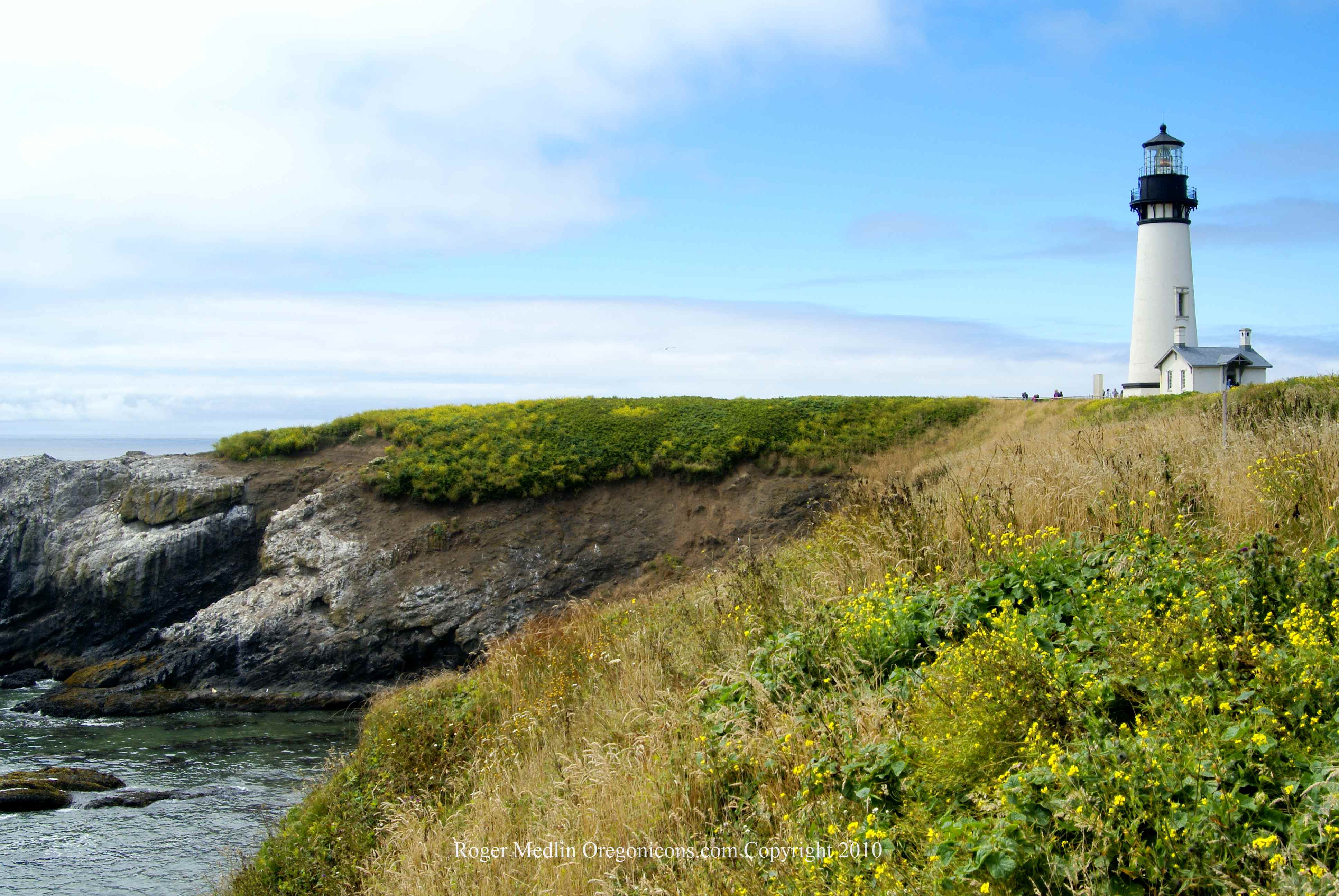 Yaquine Head Lighthouse 2010